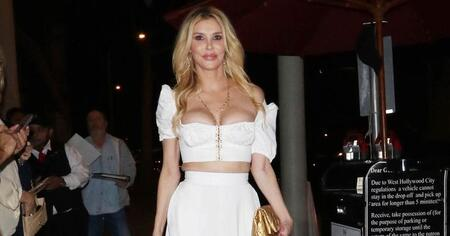 Brandi Glanville underwent plastic surgery in the past, most notably breast implants.