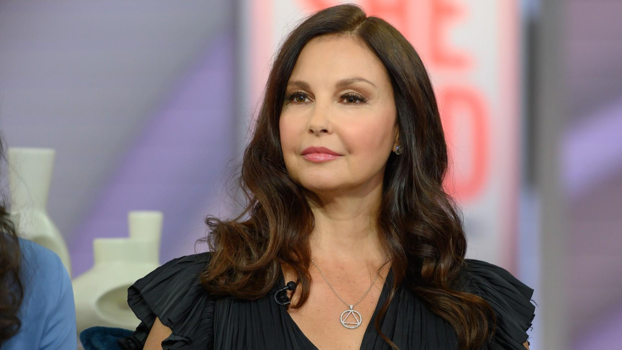 Ashley Judd is the subject of plastic surgery because of her puffy face.