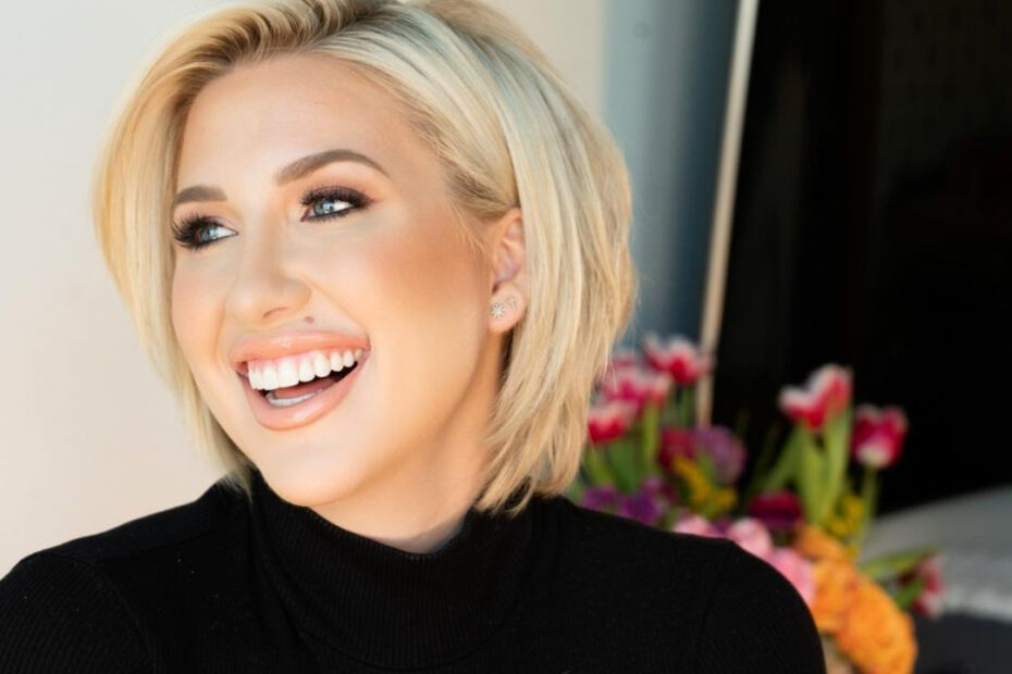 Savannah Chrisley's Plastic Surgery Rumors - Nose Job & Breast Implants!