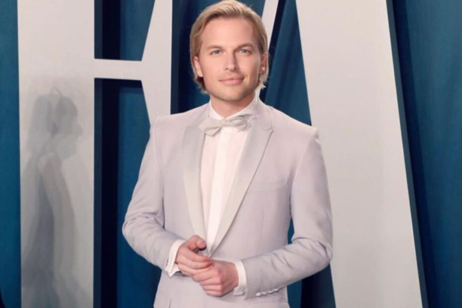 Real Truth About Ronan Farrow's Plastic Surgery Speculations