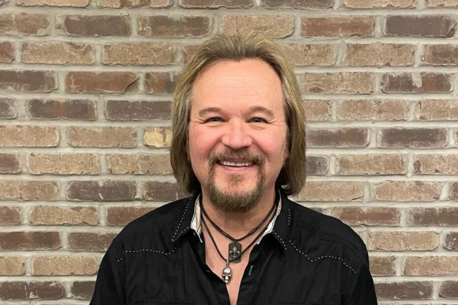 Travis Tritt's Plastic Surgery - How Many Cosmetic Changes Has He Made?